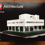 LEGO-Architecture-21014-Villa-Savoye-Front
